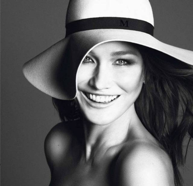 carla-bruni-sarkozy-vogue-paris-10